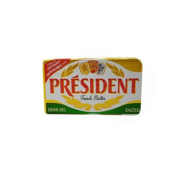 President Mantequilla con Sal diaco el salvador